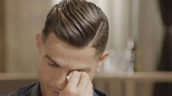 Pengakuan Cristiano Ronaldo Pernah 'Mengemis' Burger Sisa Ketika Berusia 12 Tahun