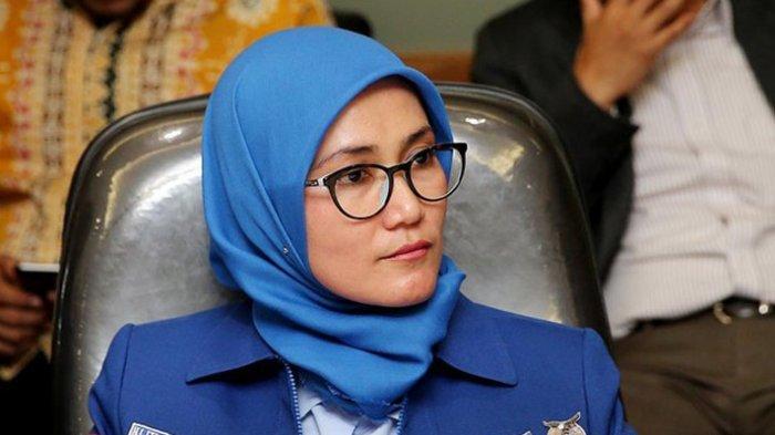 Wanita Nomor 1 di Lebak Banten Siap Santet Moeldoko: Kami Setia pada AHY yang Ganteng