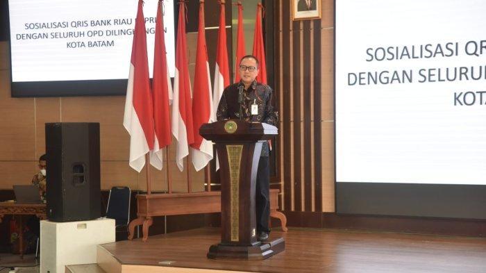 Dirut Bank Riau Kepri ke Pemko Batam, Kenalkan QRIS Dukung Pembayaran Non Tunai