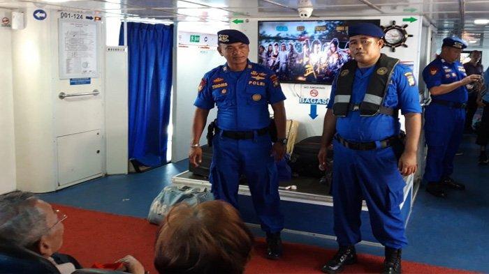 Berikan Rasa Aman, Ditpolairud Polda Kepri Sampaikan Imbauan dan Periksa Kapal Penumpang