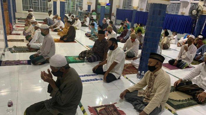 Doa Kamilin Setelah Shalat Tarawih, Ketahui juga Niat Shalat Tarawih Baik Sendiran atau Jamaah