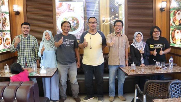 Bantu Usaha Kuliner Batam, Dosen Universitas Putra Batam Siapkan Aplikasi E-Commerce hingga Desain