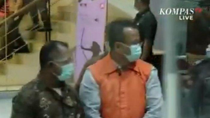 Edhy Prabowo Minta Maaf Setelah Ditangkap KPK: Mohon Maaf Kepada Ibu Saya