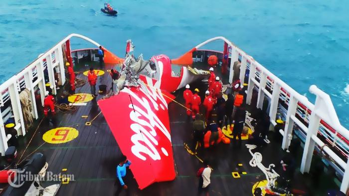 KNKT: AirAsia QZ8501 Alami Stall Berkepanjangan Lalu Jatuh ke Laut