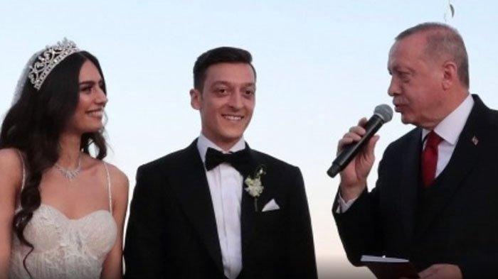 Presiden Erdogan Jadi Pendamping Mesut Ozil di Pernikahan-nya, Sulut Lagi Kemarahan Orang Jerman?