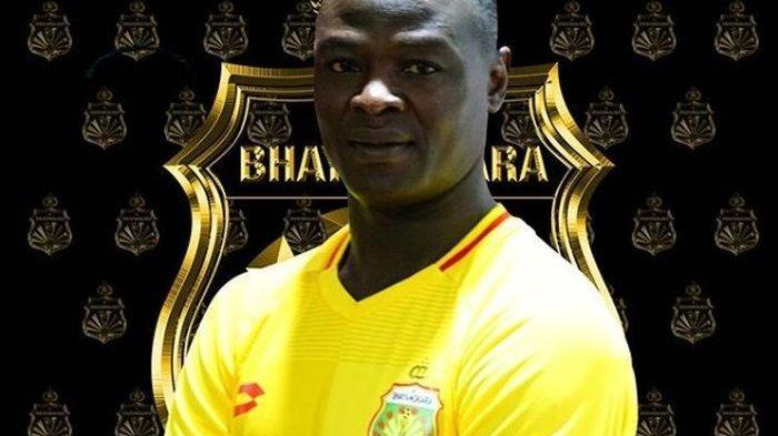Transfer Liga 1 2020 - Tinggalkan Persib Bandung, Ezechiel Ndouassel Resmi Gabung Bhayangkara FC