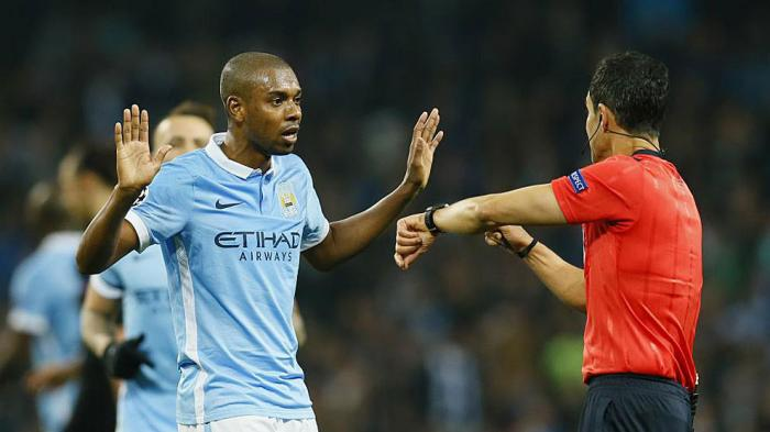 Manchester City vs RB Leipzig, Fernandinho Sebut Skuadnya Lebih Unggul Dibandingkan Man United
