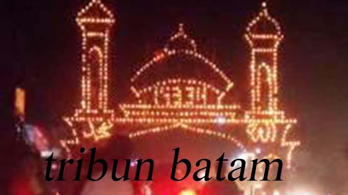 Kelurahan Gadingsari Juarai Festival Lampu Colok di Karimun
