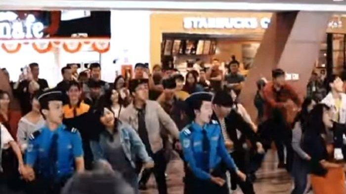 Flash Mob di Bandara Disangka Atlet Asian Games 2018, Inilah Faktanya!