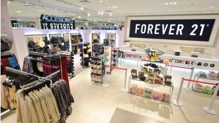 Bankrupt, Forever 21 Will Close 200 Stores and Leaving Asia