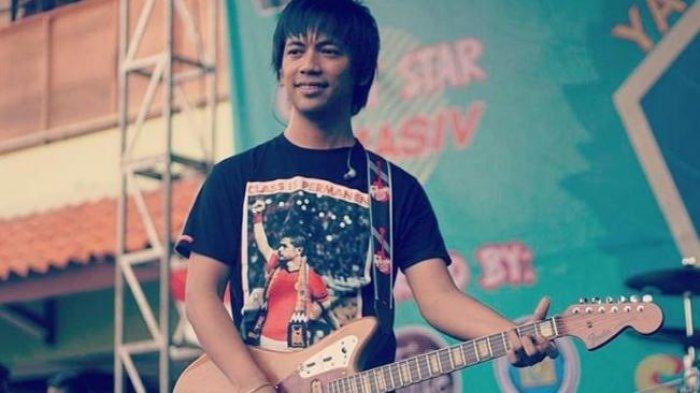 Rian D'MASIV Dituding Ajak Anak Mediang Denny Sakrie ke Hotel, Mau Ngapain?