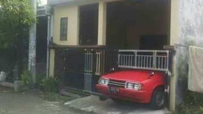 Ilustrasi rumah yang tak punya garasi luas untuk mobil