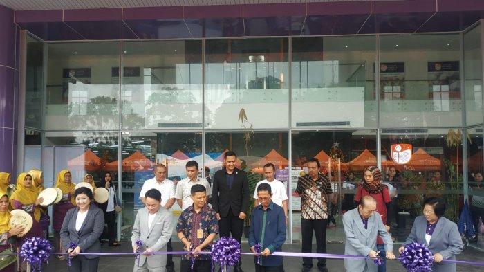 Amsakar Achmad Resmikan Gedung Baru Sekolah Yehonala Batam