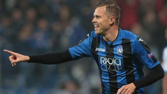 Gelandang Atalanta Josip Ilicic menjadi incaran AC Milan untuk jadi deputi Hakan Calhanoglu
