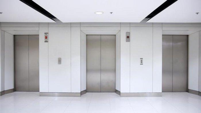 Awalnya Bercanda Keluarkan Kepala ke Pintu Lift, Pekerja Tewas dengan Leher Terjepit