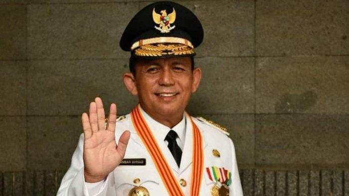 Gubernur Kepri Lantik Tiga Kepala Daerah, Ansar Ahmad Minta Jangan Hanya Kerja dari Meja