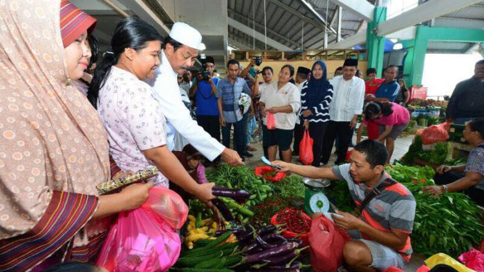 Petugas Pasar Puan Maimun Karimun Dilatih Menguji Bahan Pangan yang Dijual di Pasar, Ini Tujuan