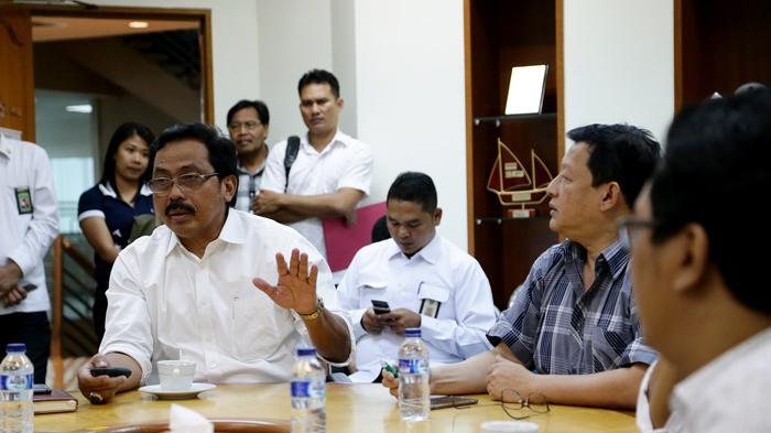 Gubernur Ingin Lobam Bintan Maju dan Berkembang - gubernur-kepri-nurdin-basirun-mengunjungi-kawasan-bintan-industrial-estate-lobam3_20160713_182754.jpg