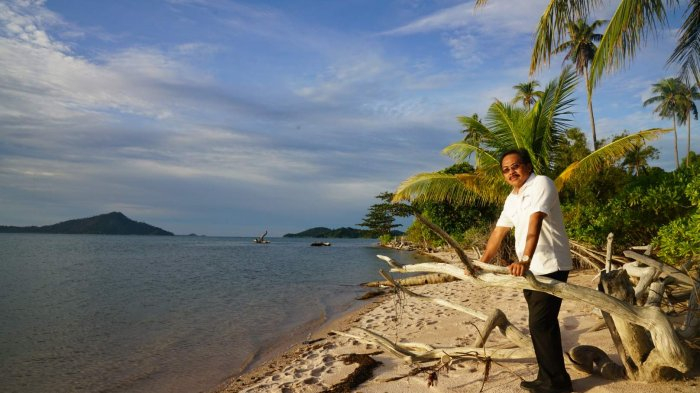 Gubernur Terkesima Lihat Pesona Pulau Duyung. Ini Yang Akan Dia Lakukan