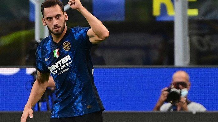 Inter Milan vs Atalanta, Hakan Calhanoglu Sebut Napoli dan AS Roma Pesaing, Lupakan AC Milan?