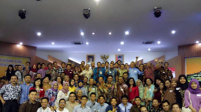 Jalin Keakraban, IKA UNS Gelar Halalbihalal dan Silahturahmi Nasional di Jakarta - halalbihalal-dan-silahturahmi-national-ika-uns-2016_20160724_124825.jpg
