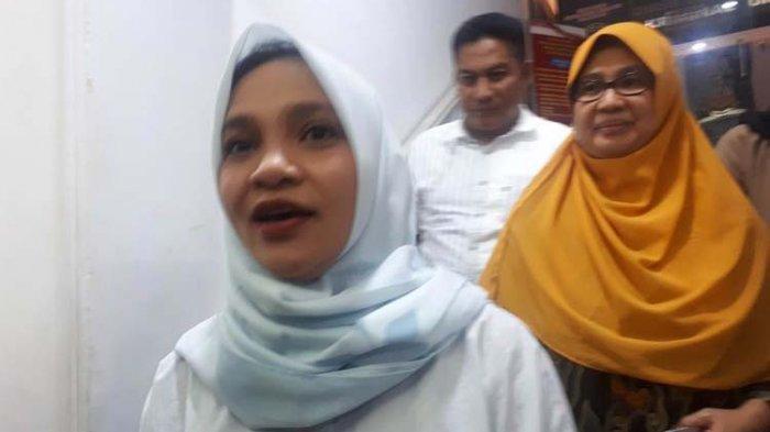 Heboh Penusukan Wiranto, Hanum Rais Dipolisikan Karna Twitnya, Sindir Menkopolhukam Caper ke Jokowi?
