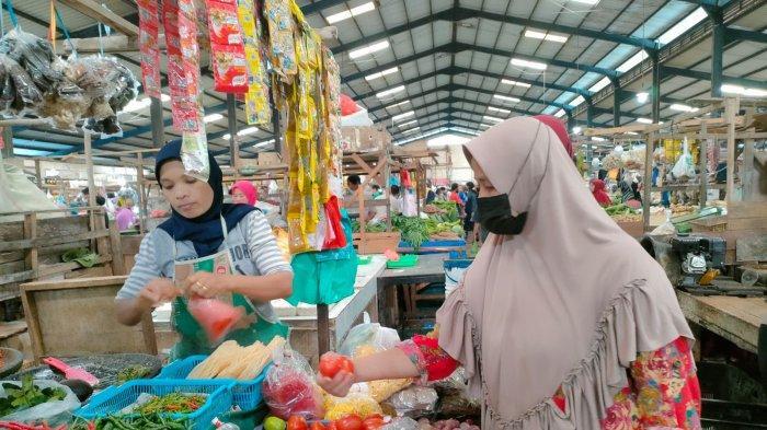 Harga Aneka Cabai Pasar Bintan Center Turun Meski PPKM Level IV Tanjungpinang