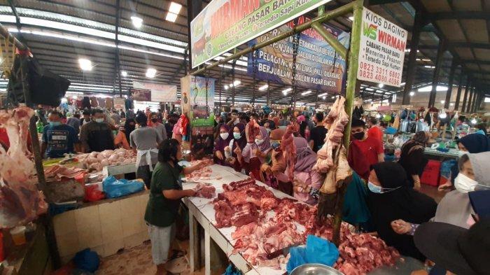 Harga Daging Ayam Segar Pasar Bintan Centre Masih Tinggi, Rp42 Ribu Sekilo