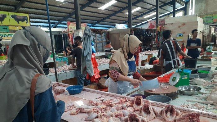 Harga Daging Ayam di Pasar Bintan Centre Tanjungpinang Naik saat Ramadhan