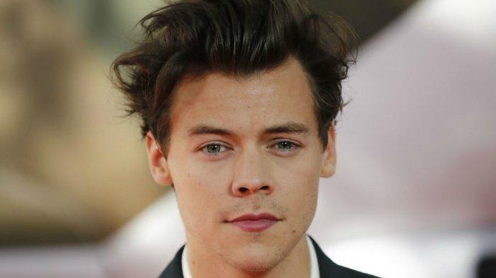 Harry Style Akan Kembali ke Layar Lebar, Siap Bintangi Film Don't Worry Darling