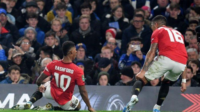 hasil-carabao-cup-2019-marcus-rashford-brace-manchester-united-tekuk-chelsea-2-1.jpg