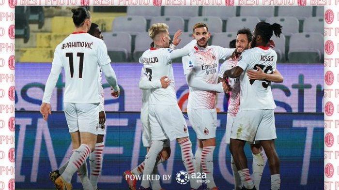 HASIL LIGA ITALIA - AC Milan sukses mencuri poin penuh saat bertandang ke markas Fiorentina dalam pekan 28 Liga Italia, Minggu (21/3/2021) atau Senin pukul 00.00 WIB.