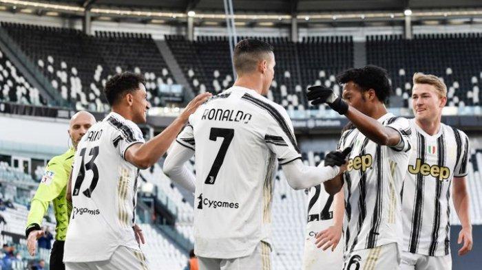 Hasil Liga Italia - Cristiano Ronaldo Cetak Gol Usai Sepak Tiang Gawang, Juventus Tekuk Napoli 2-1