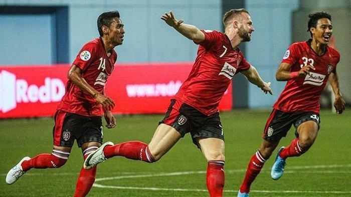 Hasil Piala AFC 2020 - Melvin Platje Brace, Bali United Bungkam Thanh Quang Ninh 4-1