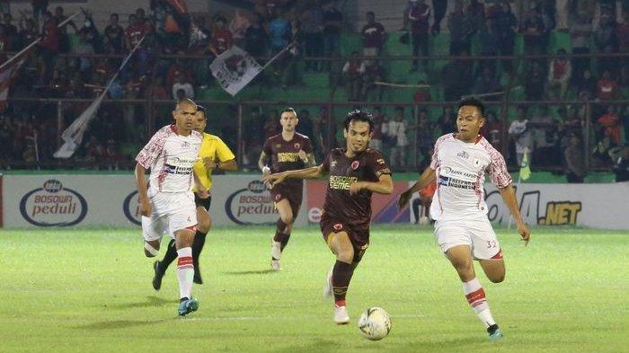 Hasil Liga 1 2019 - PSM Makassar Bantai Persipura Jayapura 4 Gol Tanpa Balas, Ezra Walian Cetak Gol