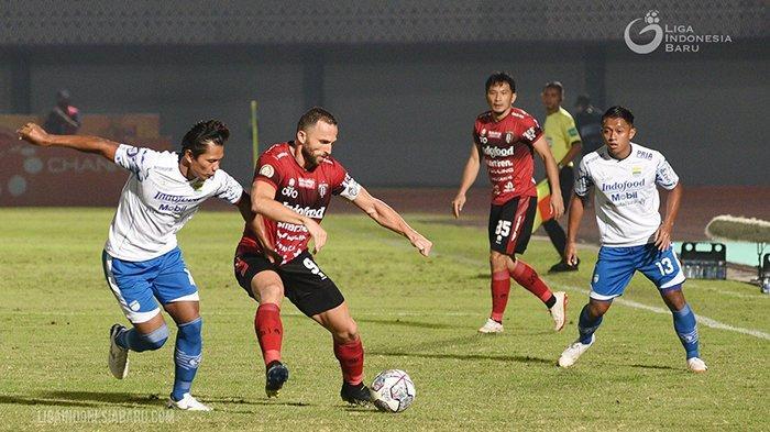 Hasil, Klasemen, Top Skor Liga 1, Setelah Persebaya Kalah, Persib Seri, Ezechiel Ndouasel 4 Gol