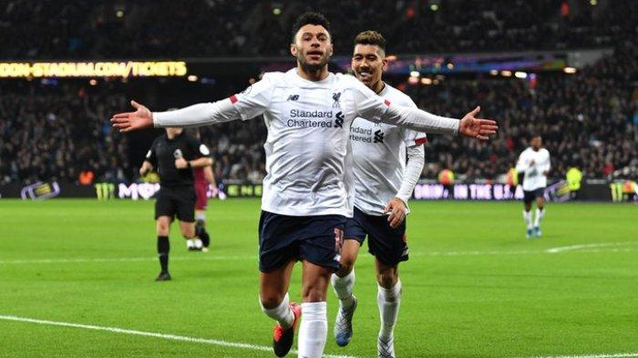 Hasil Liga Inggris - Gol Mo Salah dan Chamberlain Bawa Kemenangan Liverpool atas West Ham
