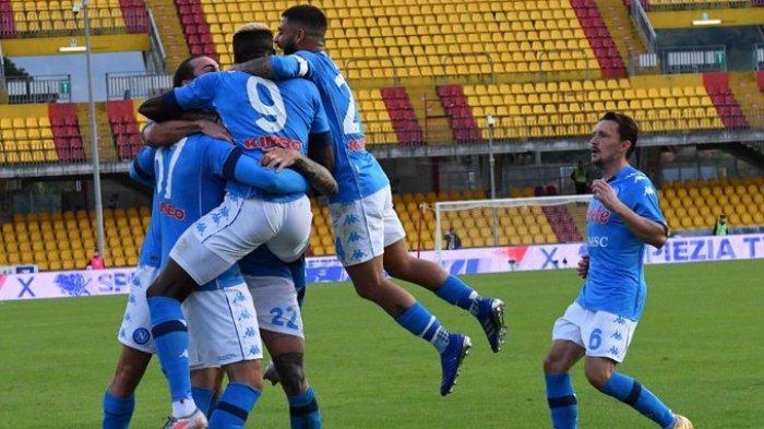 HASIL LIGA ITALIA - Napoli sukses mencuri tiga poin saat bertandang ke markas Benevento, Minggu (25/10/2020)