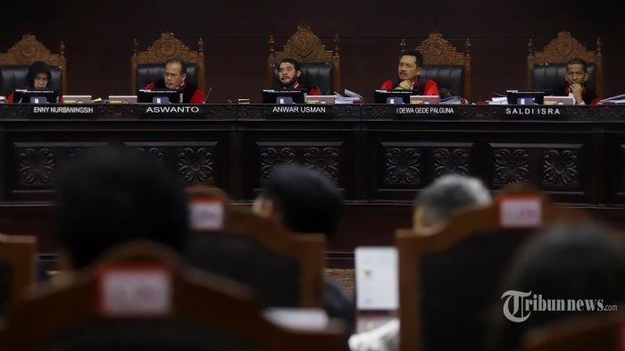 SEDANG BERLANGSUNG Sidang MK Sengketa Pilpres 2019, Jawaban dari Permohonan Prabowo-Sandi