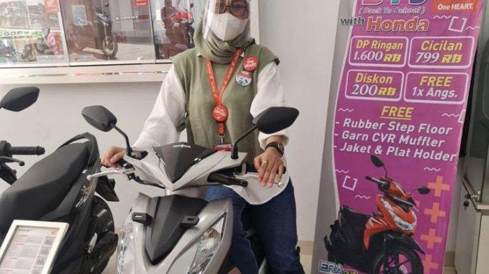 Pelajar dan Mahasiswa Dapat Diskon Khusus Pembelian Honda BeAT Sporty