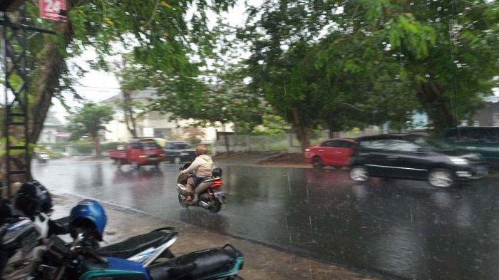 INFO Cuaca Kepri, BMKG Prediksi Tanjungpinang dan Bintan Hujan, Siapkan Payung