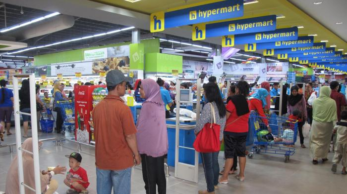 Promo Before Christmas, HYPERMART Holds Discounts Up to 25 Percent, Hurry Come and Shop!