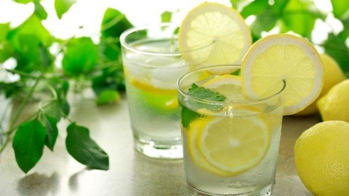Ilustrasi Air Jeruk Lemon