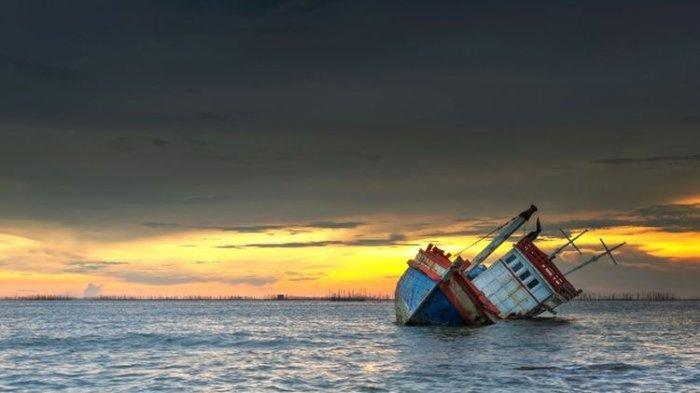Hit by High Waves, A Ship Laden with Fuel Sank in Lingga Waters