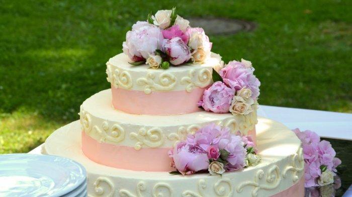 Alasan Agama, Penjual Kue Ini Tolak Pesanan Kue Pengantin Pasangan Sejenis. Begini Nasibnya Kini