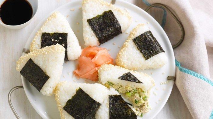 Asal usul dan Cara Membuat Onigiri, Kuliner Khas Jepang yan Merupakan Nasi Kepal