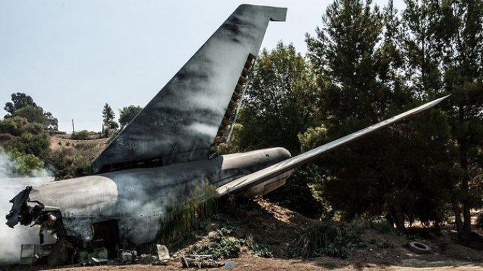 Pesawat Tabrak Rumah Warga, Tiga Orang Dinyatakan Tewas Karena Tak Sempat Selamatkan Diri