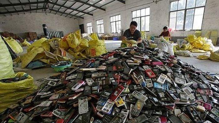 Smartphone Puluhan Juta Batam Cuma Bisa Jadi Mainan, Pemblokiran Handphone dan Tablet BM Berlaku!