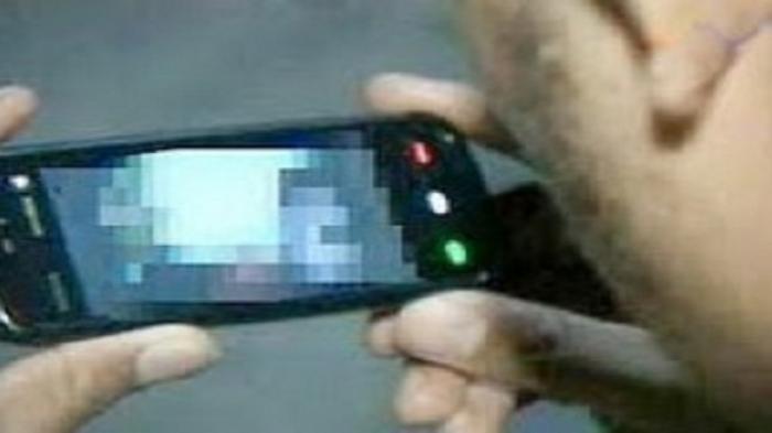 Mahasiswi Jadi Korban Pemerasan Video Call Vulgar,AncamSebarkanAdegan Tanpa Busana