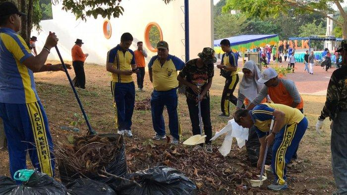 Peringati Word Clean Up Day, Polres dan Pemkab Bintan Kompak Lakukan Kegiatan Bersih-bersih